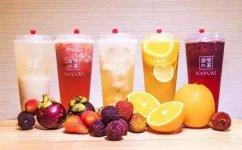 更多消费者愿意买更贵的饮料和烘焙被星巴克放弃的现制茶饮市场,正是中国品牌的机会